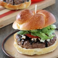 Blue Cheese & Balsamic Burger {www.mylifeasamrs.com}