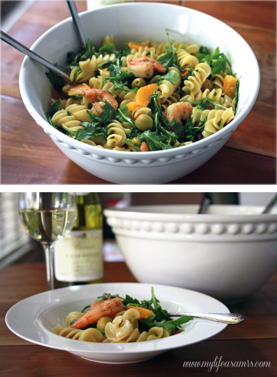 Quick Pasta with Shrimp, Green Olive, Orange & Arugula via My Life as a Mrs #dinner #pasta #shrimp #oranges