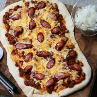 Chili Cheese Dog Pizza by www.mylifeasamrs.com